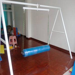 ชิงช้าเสริมพัฒนาการเด็ก ( Vestibulator )